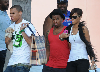 Rihanna and  Chris go shopping on Melrose Boulevard...